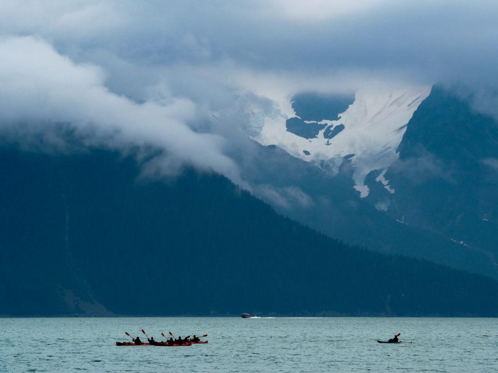 Wycieczka Alaska kajakami po zatoce Zmartwychwstania