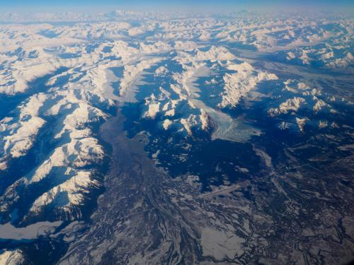 Widok z góry na alaskańskie góry